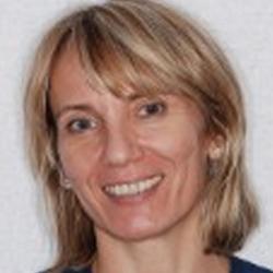 dental assistant Ewa Gryglak